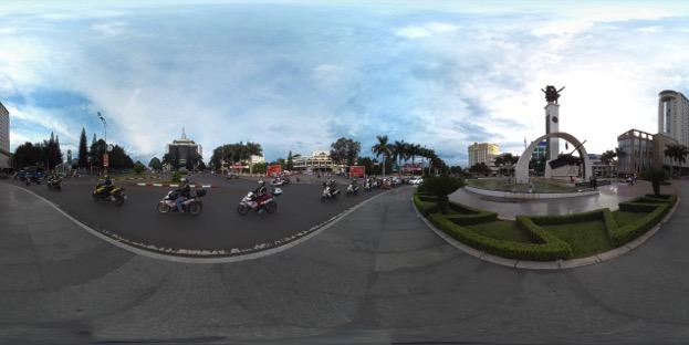 Camera hành trình 360 độ – bạn đồng hành của phượt thủ chuyên nghiệp